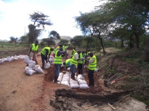 Ikuyuni Youth Group, Makueni County, roadworks using Do-nou technology